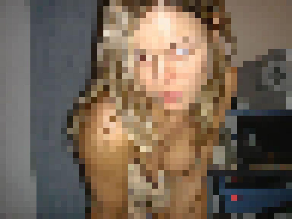 32 jarige vrouw uit Tilburg Noord-Brabant zoekt man voor Spannend contact, Cybersex