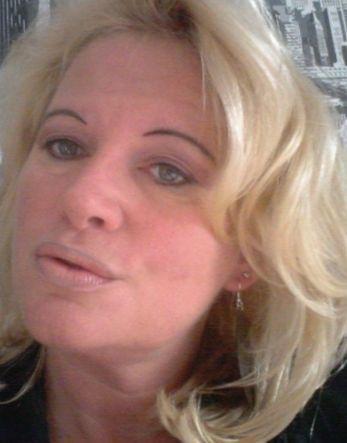 Spannend contact, Vriendschap met 53 jarige vrouw uit Middelburg Zeeland