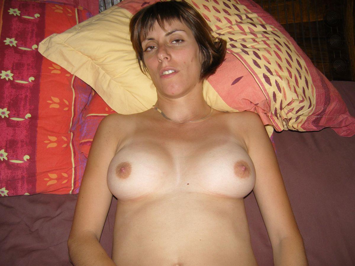 Anoniem contact met 42 jarige vrouw op zoek naar sexdating in Almere