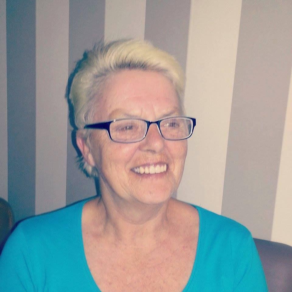63 jarige Vrouw uit  (Limburg (Belgi�)) zoekt man voor Spannend contact, Vriendschap