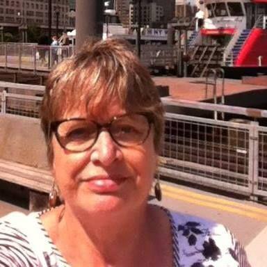 61 jarige Vrouw uit Destelbergen (Oost-Vlaanderen) zoekt man voor Spannend contact, Vriendschap, Fantasie delen