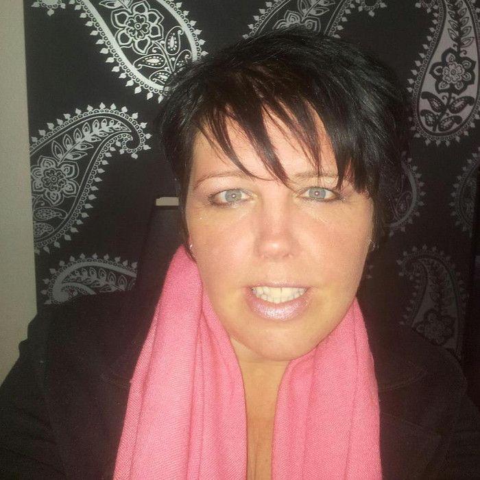 Spannend contact met 49 jarige vrouw uit Sint-Katherina-Lombeek Vlaams-Brabant