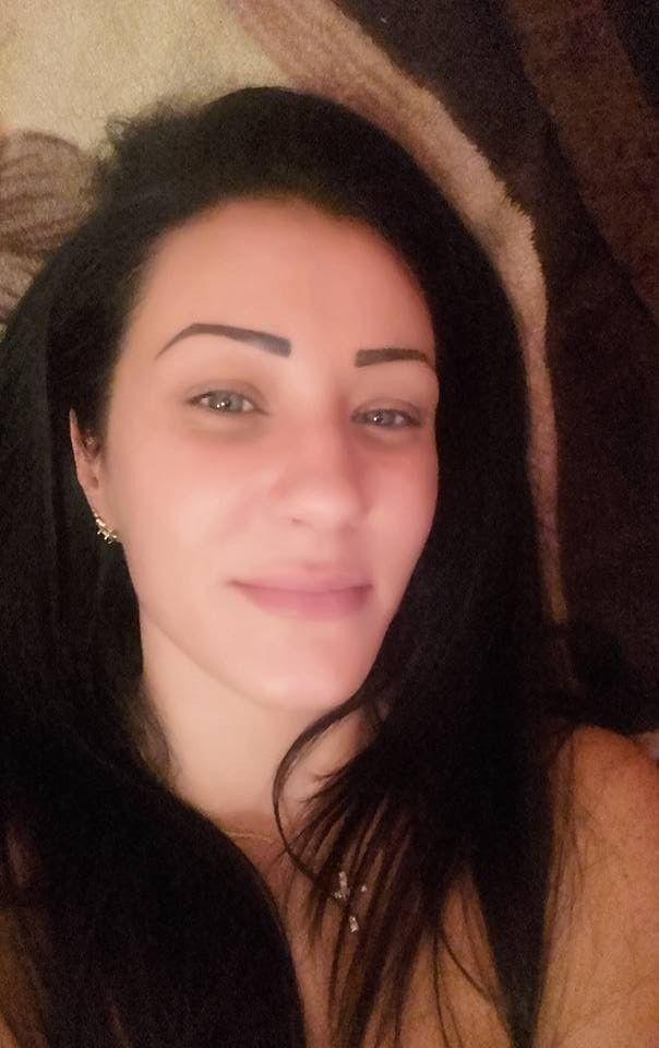 32 jarige Vrouw uit  (Friesland) zoekt man voor Spannend contact, Fantasie delen