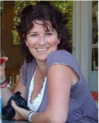 49 jarige vrouw uit Waillet Namen zoekt man voor Spannend contact