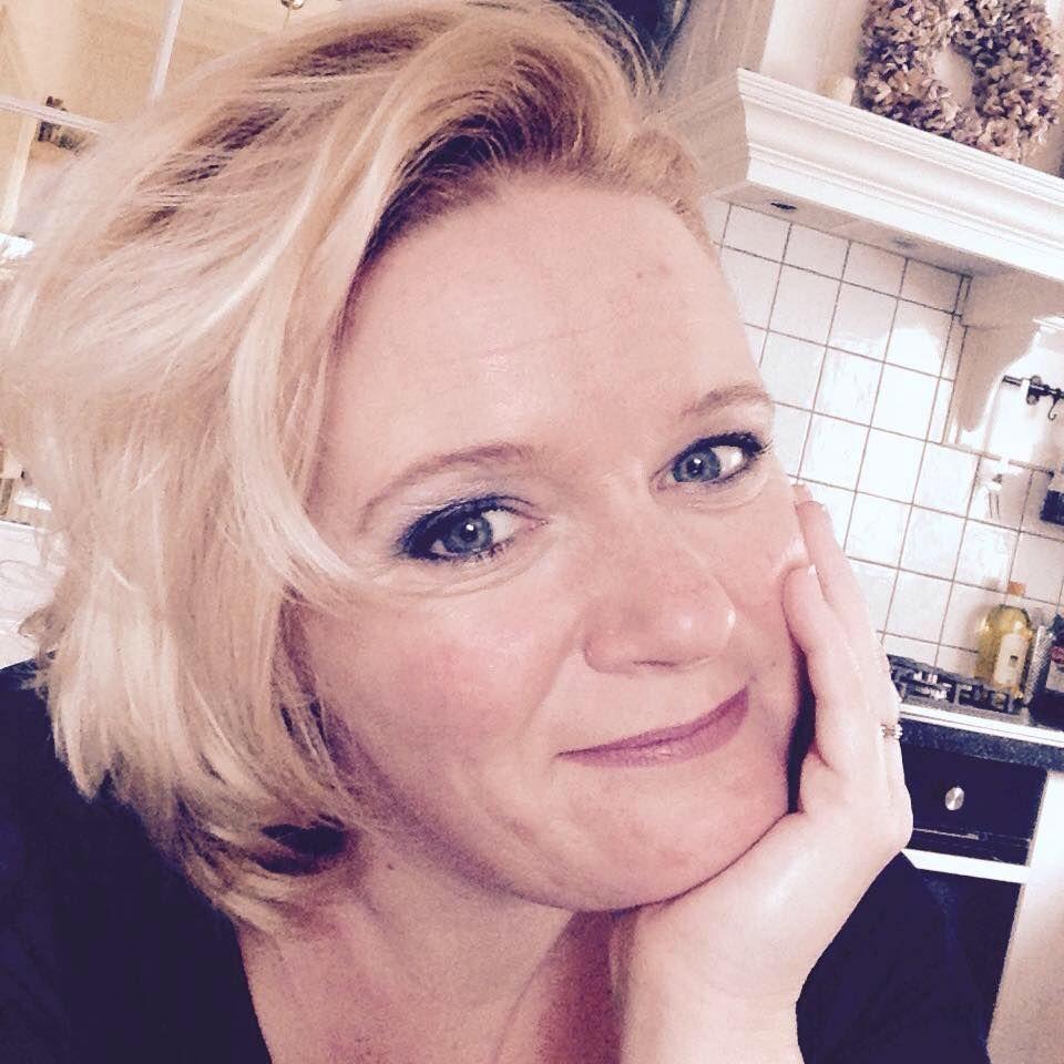 Anoniem contact met 54 jarige vrouw op zoek naar sexdating in Lelystad