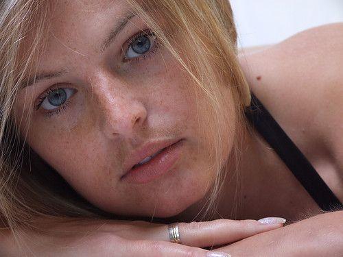 32 jarige vrouw uit  Namen zoekt man voor Spannend contact