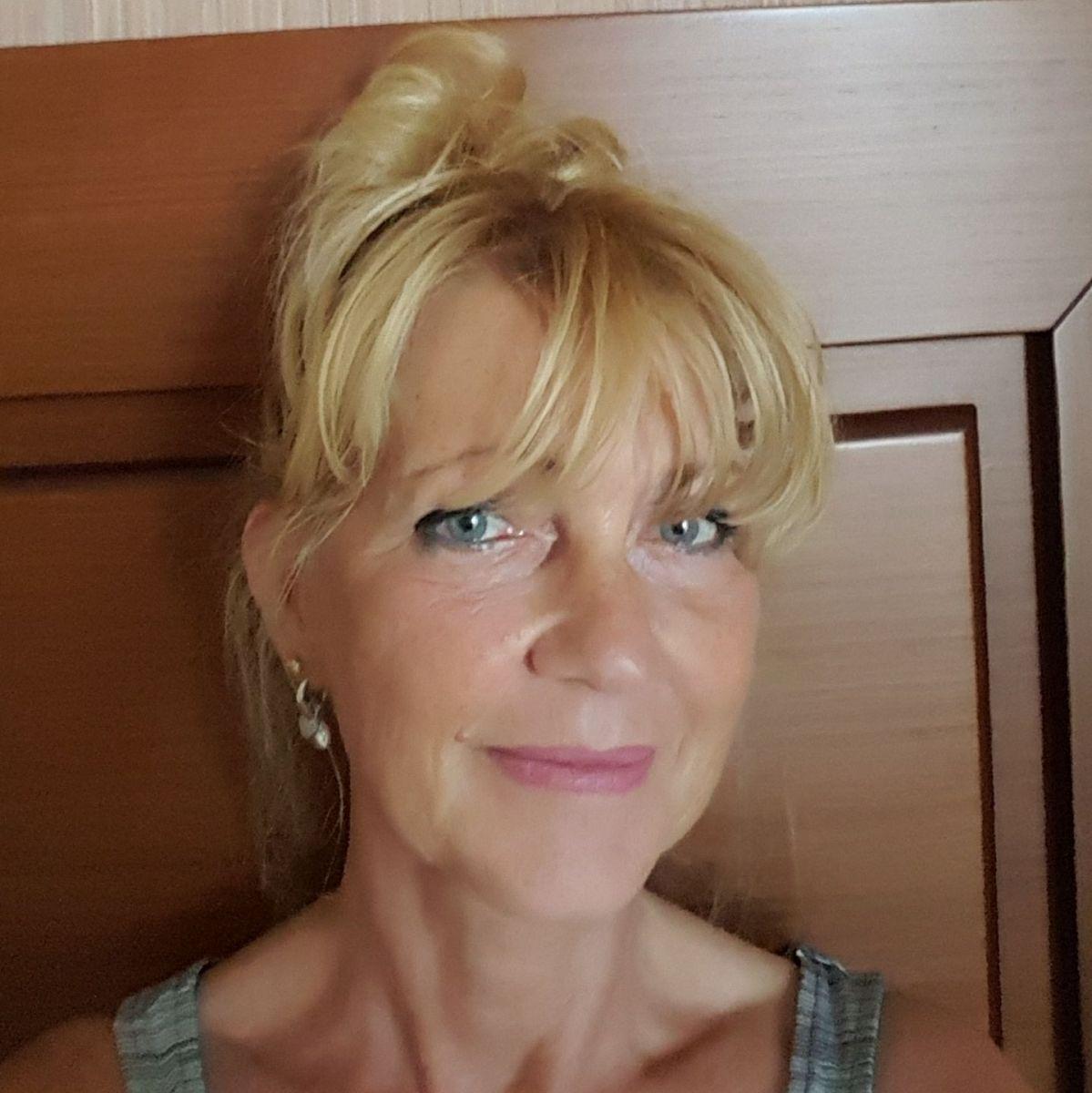 Anoniem contact met 40 jarige vrouw op zoek naar sexdating in Dronten