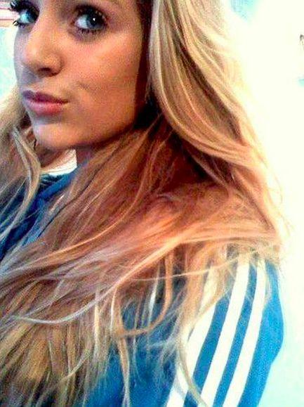 30 jarige vrouw uit Watou West-Vlaanderen zoekt man voor Spannend contact, Vriendschap