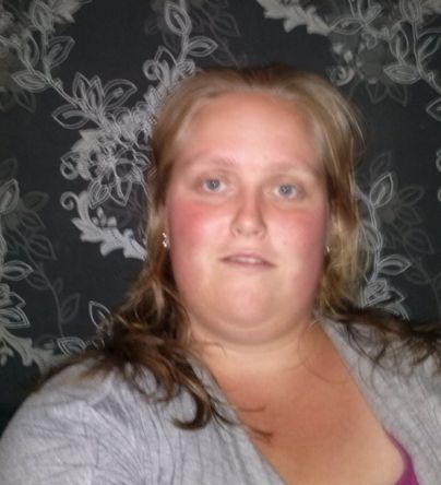 30 jarige Vrouw uit  (Oost-Vlaanderen) zoekt man voor Spannend contact, Cybersex, Vriendschap, Foto�s de