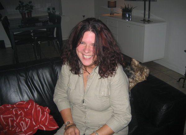 43 jarige vrouw uit HALLAAR Antwerpen zoekt man voor Spannend contact, Vriendschap