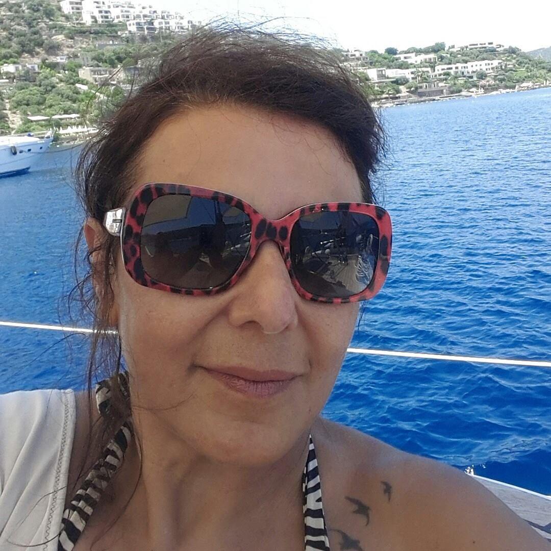 Anoniem contact met 52 jarige vrouw op zoek naar sexdating in Ulvenhout
