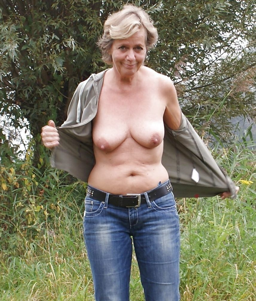 55 jährige Frau aus Berlin (Berlin) sucht Sexkontakt