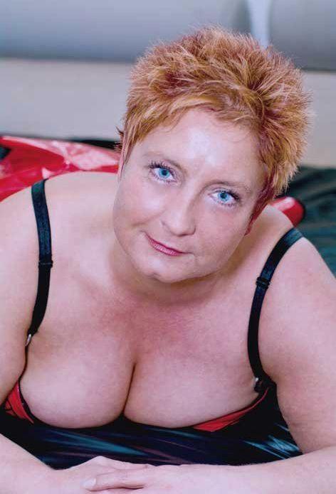 Cybersex met 50 jarige vrouw uit Surice Namen