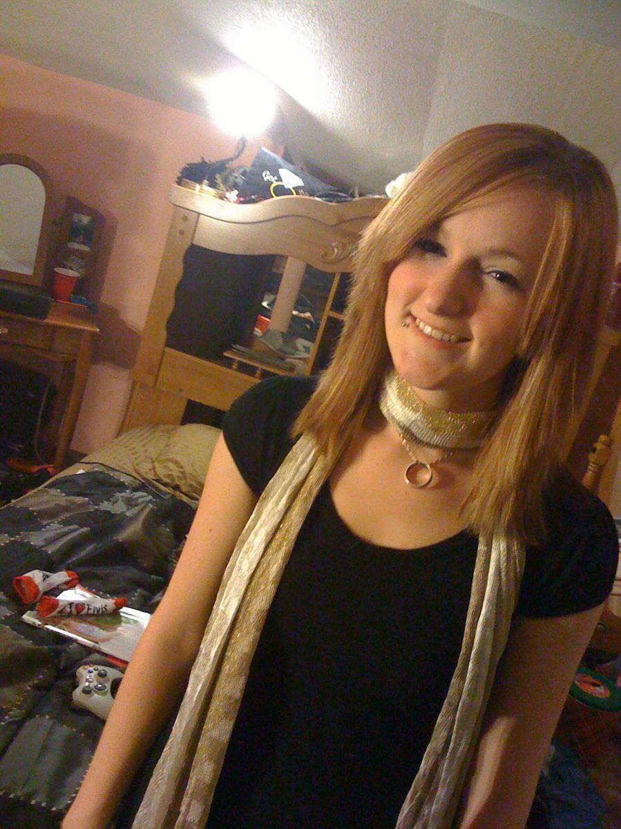 32 jarige vrouw uit  West-Vlaanderen zoekt man voor Spannend contact, Vriendschap, Fantasie delen