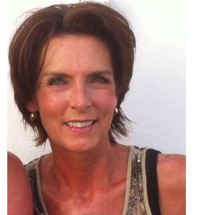 61 jarige vrouw uit Spiere-Helkijn West-Vlaanderen zoekt man voor Spannend contact, Cybersex, Vriendschap