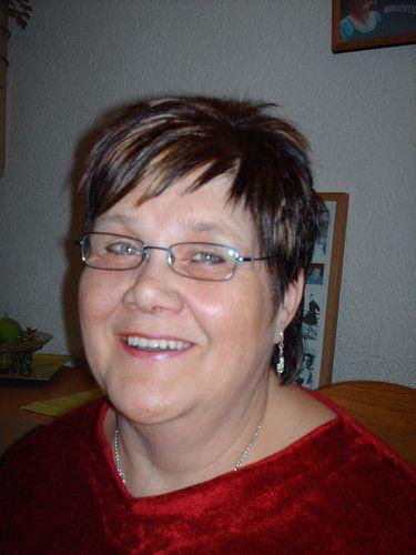 63 jarige vrouw uit Neufvilles Henegouwen zoekt man voor Spannend contact