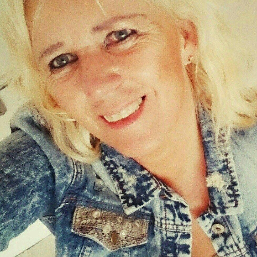 53 jarige vrouw uit Floreffe Namen zoekt man voor Cybersex, Rollenspel