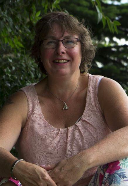 59 jarige vrouw uit Luik Luik zoekt man voor Spannend contact