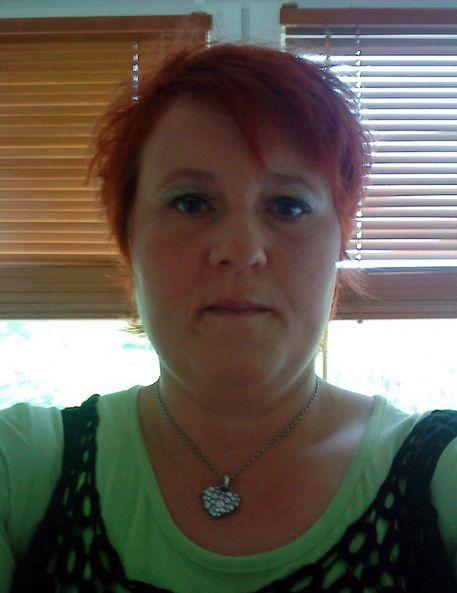53 jarige Vrouw uit  (Limburg (België)) zoekt man voor Spannend contact, Vriendschap