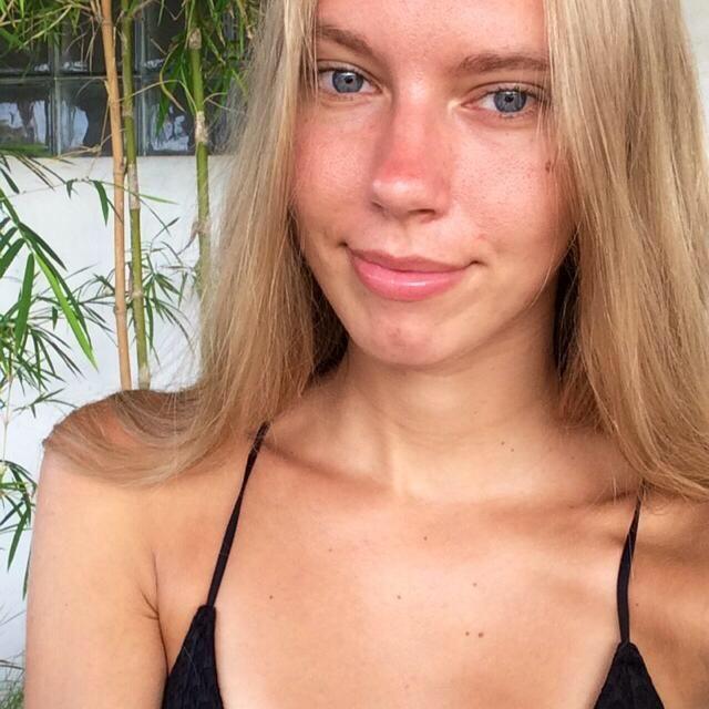 26 jarige vrouw uit Ukkel Brussel zoekt man voor Spannend contact, Cybersex, Vriendschap