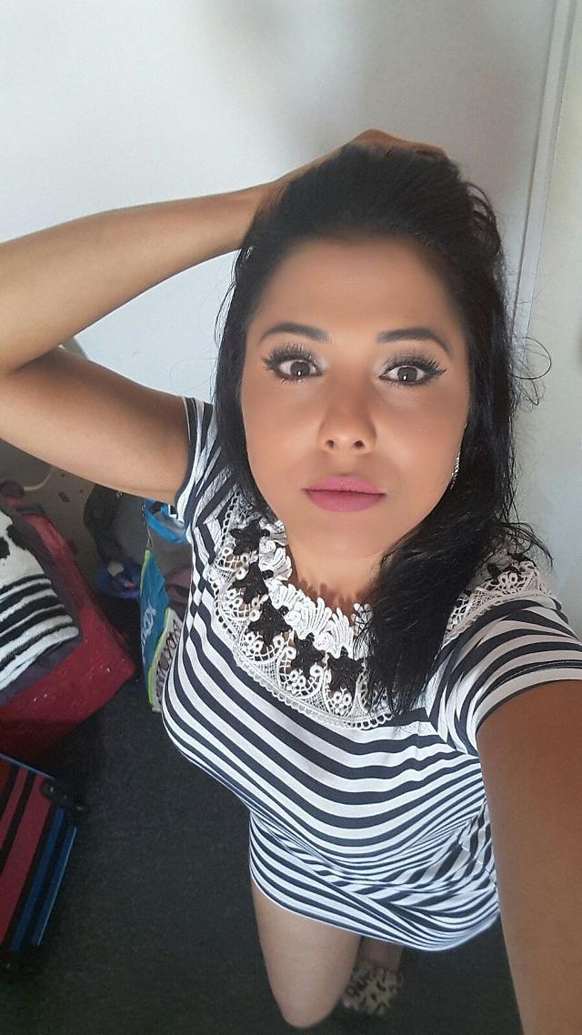 22 jarige vrouw uit Sint Philipsland Zeeland zoekt man voor Spannend contact, Cybersex, Vriendschap, Foto�s de