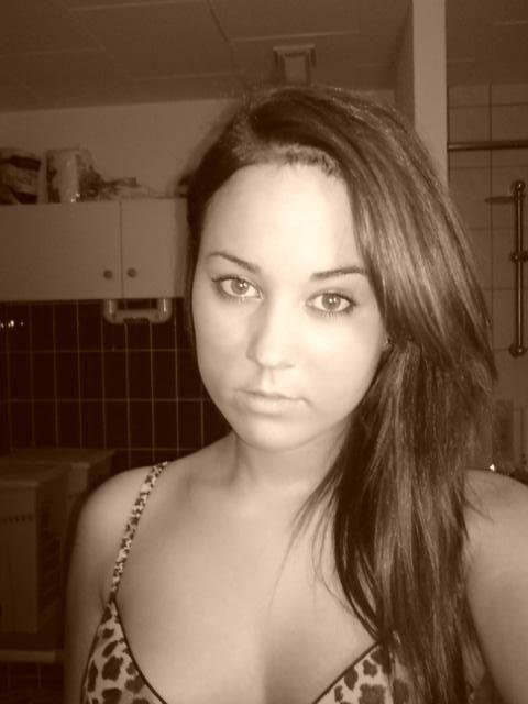 28 jarige Vrouw uit Goes (Zeeland) zoekt man voor Spannend contact, Vriendschap